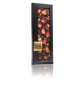 Juodieji serbentai, braškės, pistacijos, žemės riešutai
